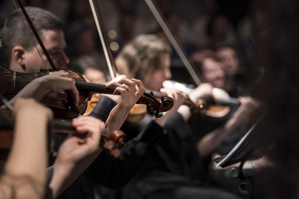 Muzycznie w Nowy Rok wprowadziły kołobrzeżan dźwięki utworów Straussa.